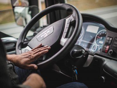 Europäische Städte verlangen von der EU sicherere Lastwagen