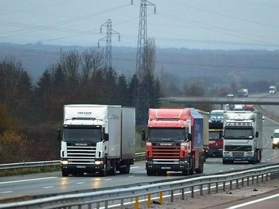 Малый и средний бизнес делает ставку на автодорожный транспорт
