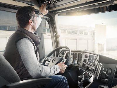 Śledzą towar, rozdzielają zlecenia kierowcom. Dzięki nim praca logistyków i przewoźników jest łatwiejsza