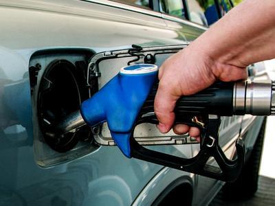 """UNTRR:  """"Am primit asigurări că prețul  la combustibil nu va creşte."""""""
