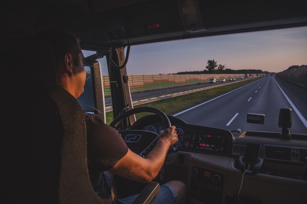 Germany is desperately looking for drivers. Due to staff shortages 20 percent of trucks are at a standstill
