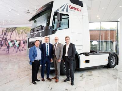 Zaczynali od starego MAN-a, a teraz kupują 2 tys. nowiutkich Volvo. Girteka szczyci się rekordowym zakupem