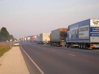 Движение грузовиков в Германии растет. Поляки по-прежнему лидером, а Литовцы имеют впечатляющий рост