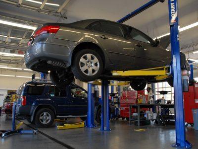 Podwyżki za przegląd techniczny pojazdu? Nie tym razem. Ministerstwo Infrastruktury dementuje