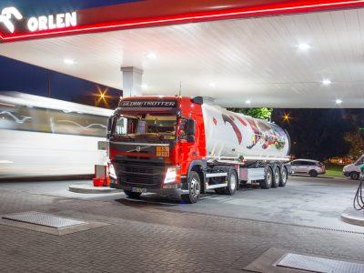 Transport paliw – oto jakie wymogi muszą spełnić przewoźnik i kierowca