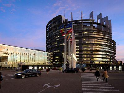 Rozsądna decyzja europosłów ws. transportu, ale sojusz paryski naciska na antyrynkowe rozwiązania