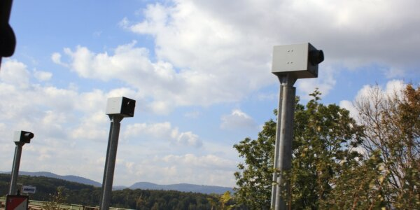 Immer mehr private Autos mit Radarkameras. In diesem Land gibt es bereits 200 von ihnen und die Zahl