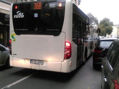 Transportul în comun virează către vehicule hibride