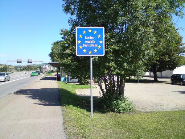 Przekroczenie niemieckich granicy tylko na wybranych przejściach. Niemcy wprowadzili też zakaz zgrom