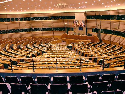 Europarlament rozważa złagodzenie przepisów ws. kwalifikacji kierowców zawodowych