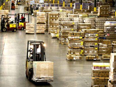 Per mėnesį pramonės produkcija sumažėjo 0,3 proc.