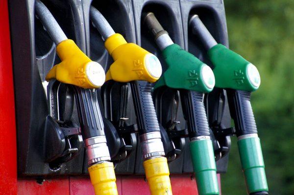 Nieoczekiwany efekt koronawirusa. Ceny paliw mogą być niższe
