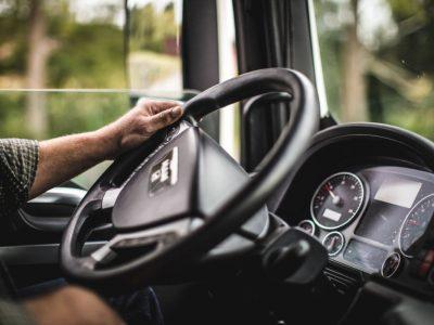 Избыточный вес и ожирение водителей опасны для транспортной отрасли