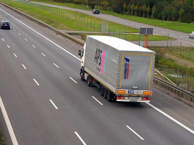 Polacy i Rosjanie usiedli do negocjacji. Chodzi o zezwolenia transportowe na 2018 r.