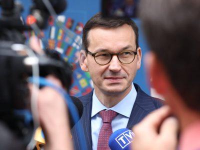 Morawiecki ściąga do Polski nowe fabryki. Będzie dużo ładunków do wożenia