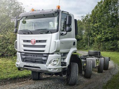 Tatra Phoenix – sunkvežimis, kuris juda šonu