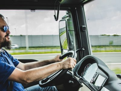 Immer mehr junge Leute wollen Kraftfahrer werden