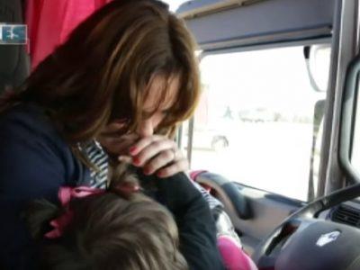 Világiskola: amikor a 40 tonnás kamion az otthon. Anya-lánya mese vasárnapra