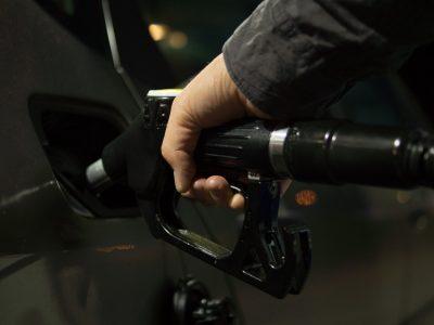Üzemanyagkártya – mi az és milyen előnyökkel jár