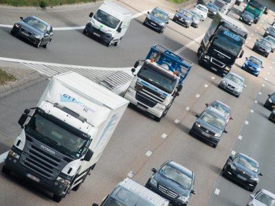 Olandijoje padidės baudos už eismo taisyklių pažeidimus