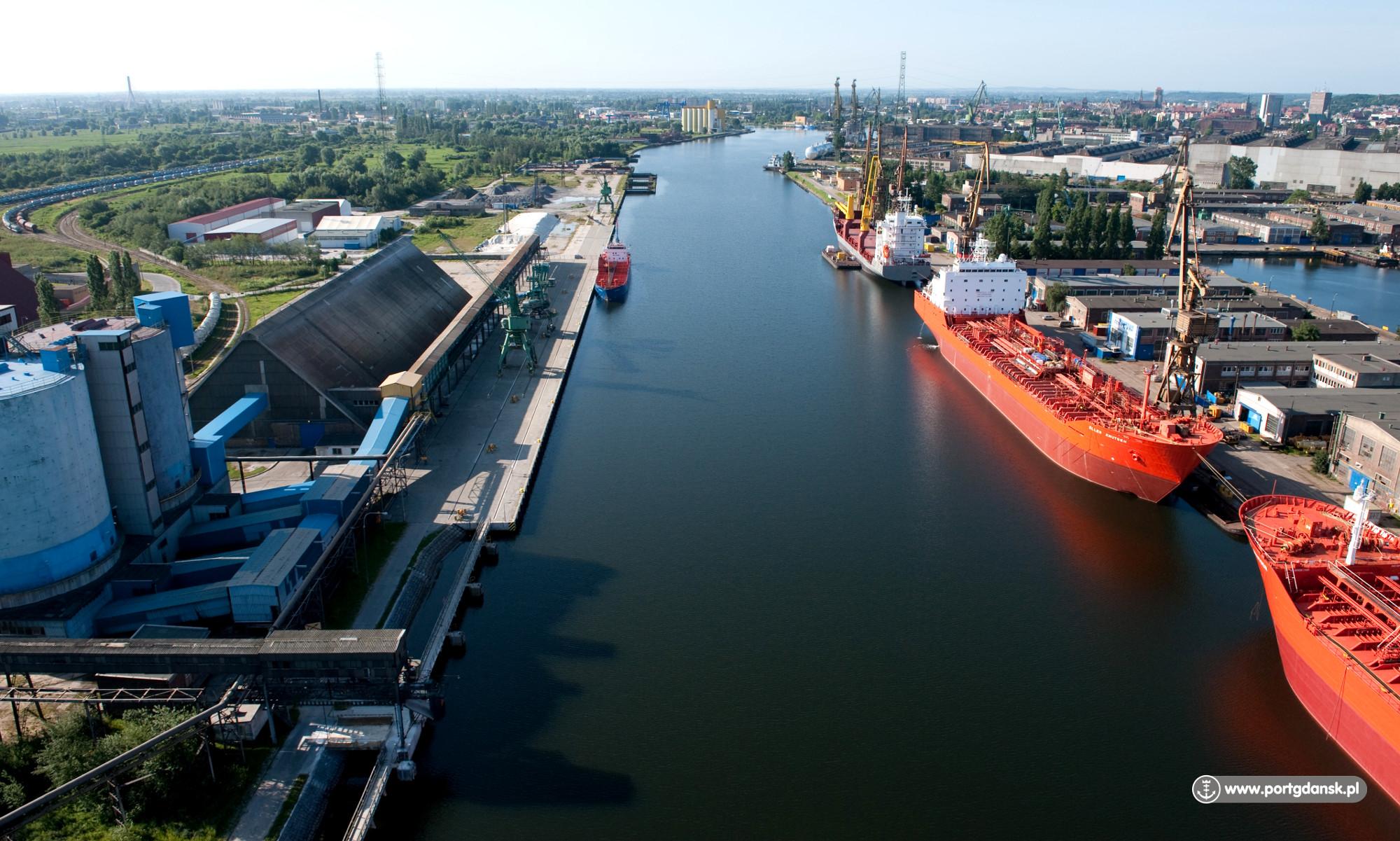 Polskie porty z nowym rekordem przeładunków. W 2018 roku uzyskały historyczny wynik
