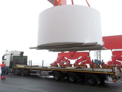 Motorway-wide cargo. They transported giant rings