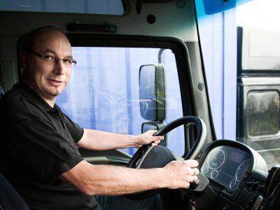 Wie viel verdienen LKW-Fahrer? [UMFRAGE]