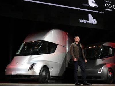 Tesla a prezentat primul său camion electric