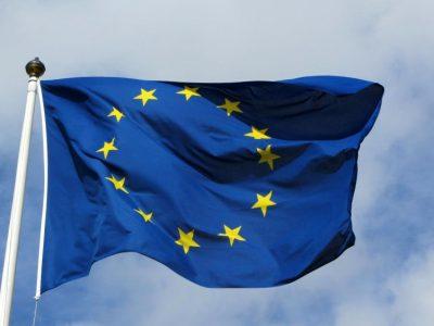 Europa raginama sparčiau kurti savaeigį transportą