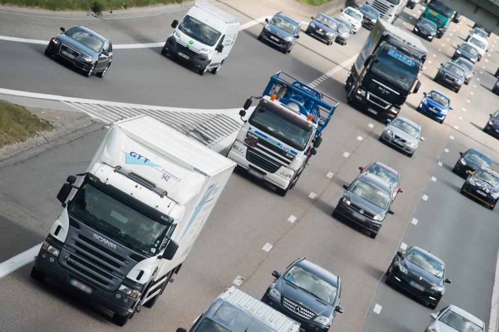 В Нидерландах возрастут штрафы за нарушение правил дорожного движения