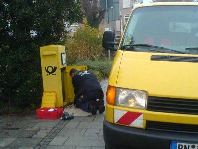Fahrer aus  Tschechien klagt die Deutsche Post an. Andere warten mit Hoffnung