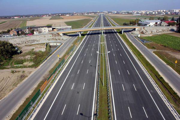 Komisja Europejska dofinansuje budowę polskich dróg. Prawie 790 mln euro wsparcia