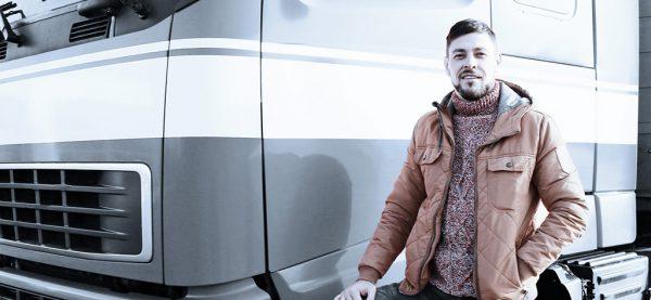 Jak legalnie zatrudnić kierowcę ciężarówki ze Wschodu? Zobacz, co radzi prawnik