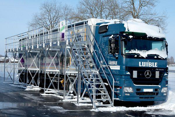 Schnee und Eis – gefährliche Fracht auf LKWs