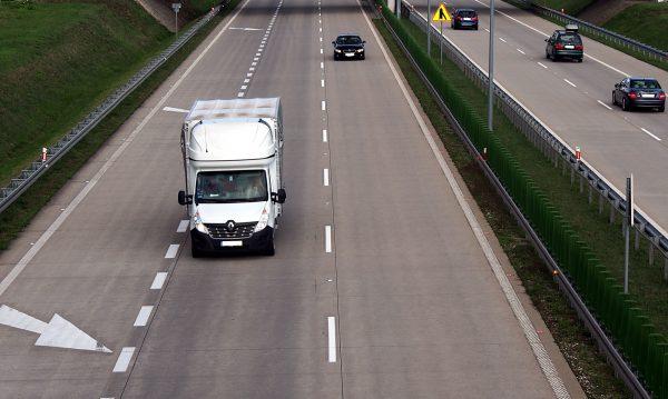 Nowy zakaz wyprzedzania dla ciężarówek na kolejnym odcinku A4