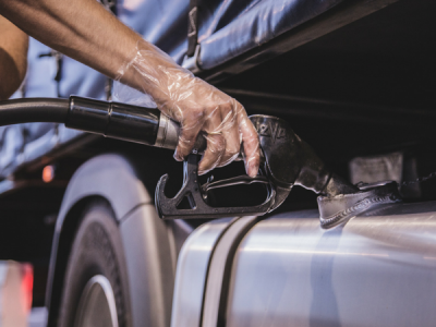 Sejmowa batalia o opłatę emisyjną I Pensje kierowców w Niemczech rosną, a chętnych nadal brak