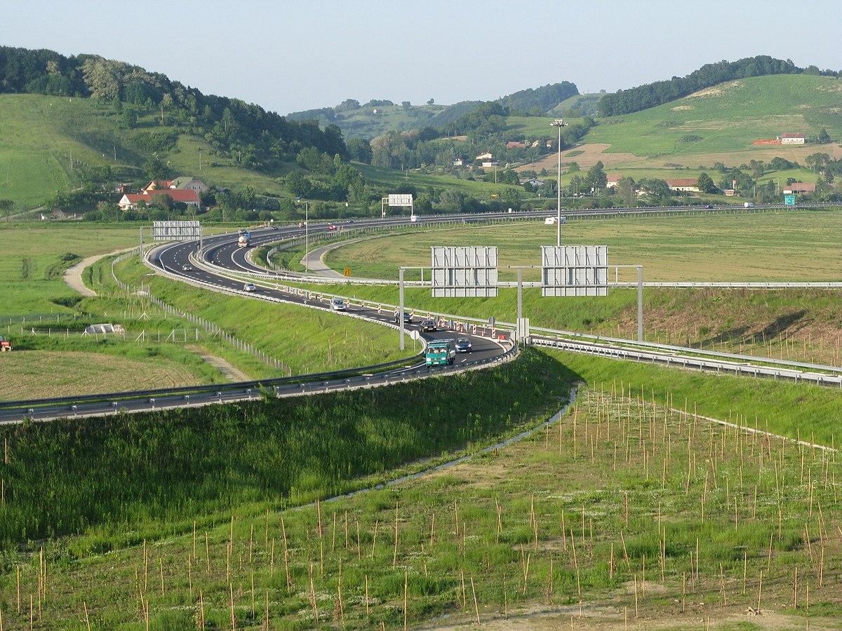 Szlovénia: áprilistól új útdíjfizetési módszer 3,5 t fölött