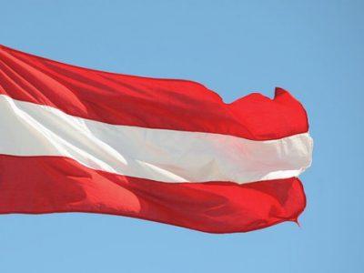 Austrija įveda sunkvežimių eismo ribojimą kai kuriuose sienos kirtimo punktuose