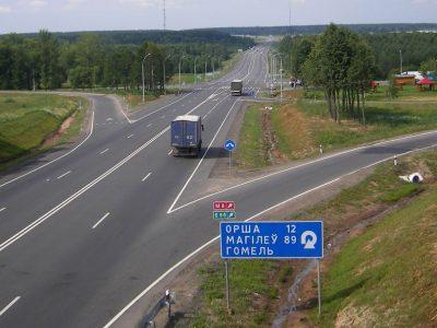 TransINSTANT: Blokady na kołach w hrabstwie Kent | Białoruś chce postawić na logistykę | Wodorowa ciężarówka