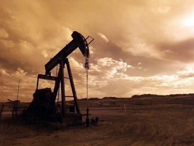 Sytuacja na rynku paliw. Zobacz, od czego zależą globalne i lokalne ceny diesla