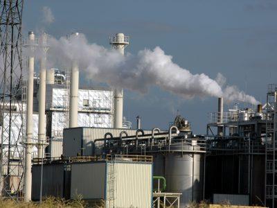 Powiało chłodem – polski przemysł zahamował. Jakie są prognozy na kolejne miesiące?