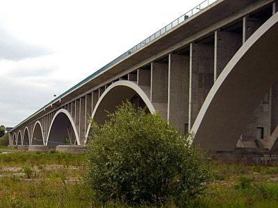 Ruch na Berlin z przeszkodami. Zwężenie na moście granicznym