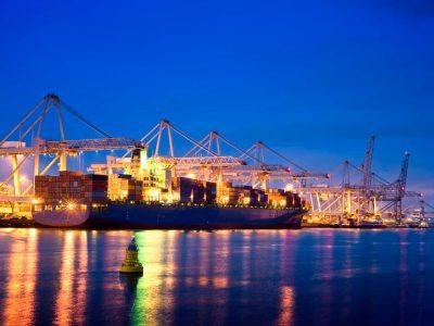 Schimbări importante în Hamburg. Nu veți mai putea intra în port fără rezervare.