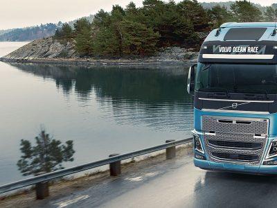 """""""Volvo"""" sustabdė sunkvežimių surinkimą Irane dėl Jungtinės Amerikos Valstijų sankcijų"""