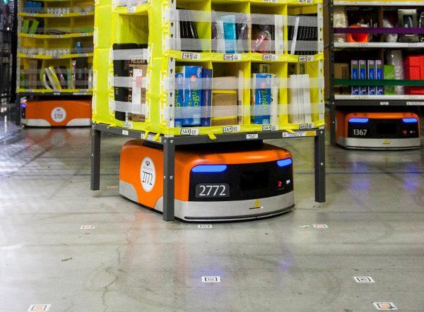 Polskie królestwo robotów Amazon. Automatów więcej niż ludzi