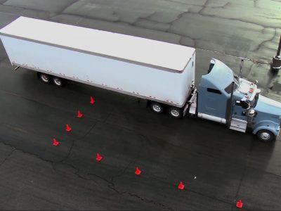 Lygiagretus parkavimas pagal amerikiečius