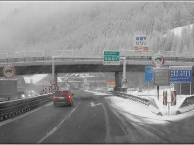 Nationalfeier: LKW-Fahrverbot in Österreich und Italien