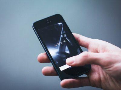 Többezer munkavállalónak mond fel az Uber
