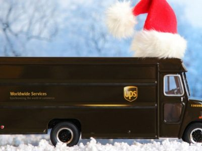 Der Elektro-Weihnachtstruck von UPS geht auf Tour