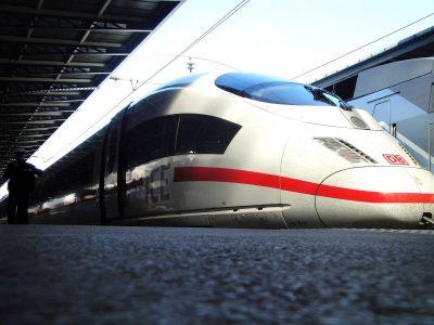 Probleme auf ICE-Neubaustrecke. Die Deutsche Bahn entschuldigt sich